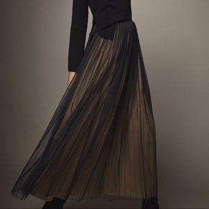 NWT Massimo Dutti maxi skirt